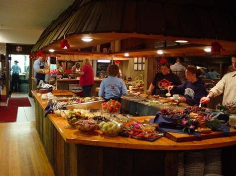 Lobster Buffet Field Trip To Nordic Lodge Charlestown Buffets In Rhode Island