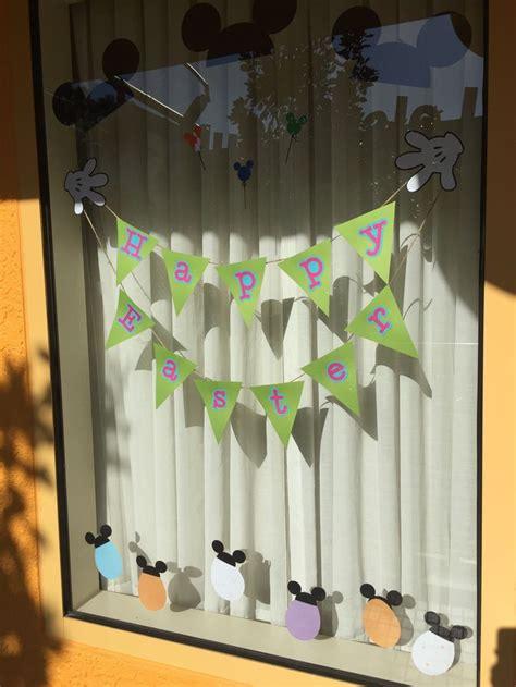25 best ideas about disney window decoration on