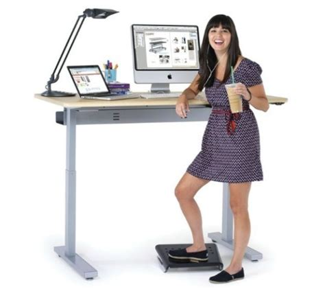 standing desks in schools help lose weight and