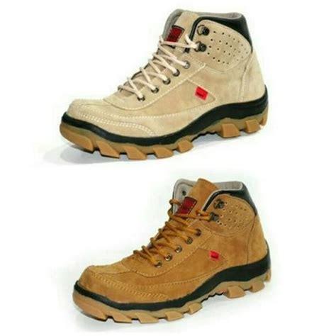 Sepatu Kickers Safety Suede sepatu boots pria keren sepatu kickers safety suede mercy