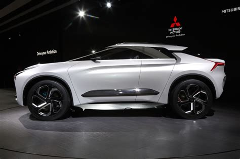 mitsubishi evolution concept mitsubishi e evolution concept revealed with angular lines