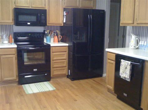 black appliances kitchen black and white kitchen decor