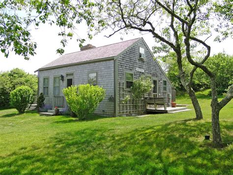 Saltbox Cottage by A Saltbox Cottage At 38 Dukes Road