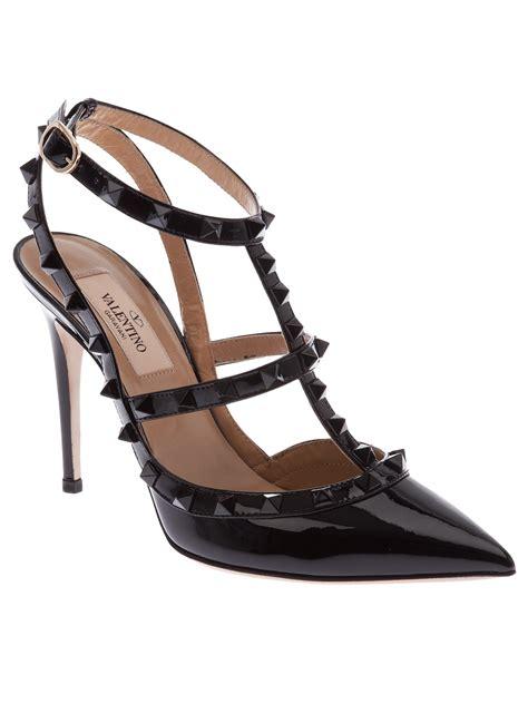 valentino garavani sandals valentino valentino garavani rockstud noir sandal in black