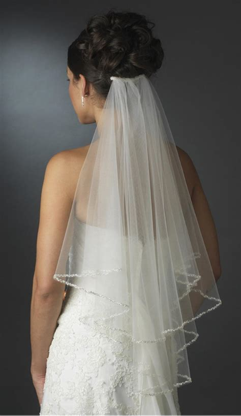 25 Wedding Veils That Will Make You Say ?I Do?