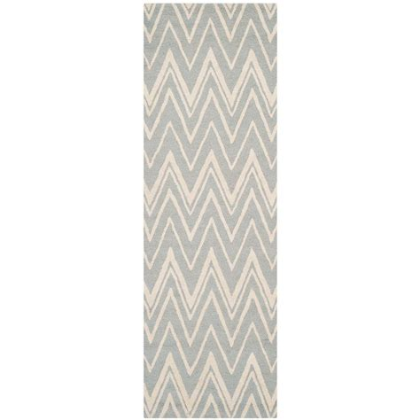 Pantofel Grey Ivory 2 safavieh cambridge gray ivory 2 ft 6 in x 10 ft runner cam711g 210 the home depot