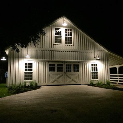 pole barn exterior lighting 25 best ideas about barn lighting on