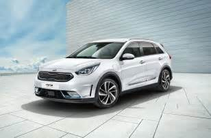 kia niro in hybrid revealed with 55km ev range