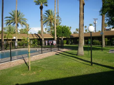 Apartments For Rent Without Background Check Majestic Palms Apartments Rentals Az Apartments