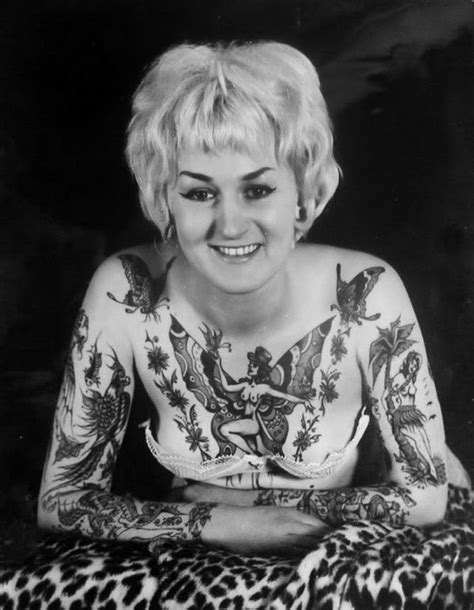 female tattoo history 20 amazing vintage portrait photos of women with full body