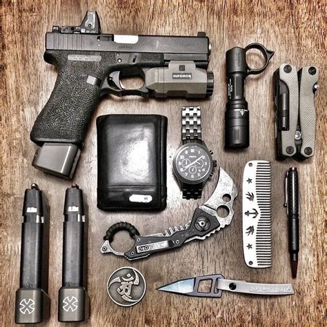 edc is everyday carry everyday carry edc the arsenal project