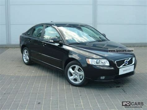 2011 s40 volvo 2011 volvo s40 momentum euro5 car photo and specs