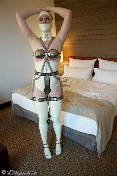 bedroom bondage pics 104 best images about bdsm on pinterest