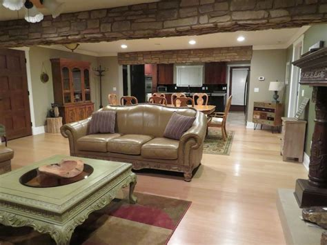 Fourkitchens by Cozy Bear Lodge Winter Reservations Amp Summer All Or Part 1
