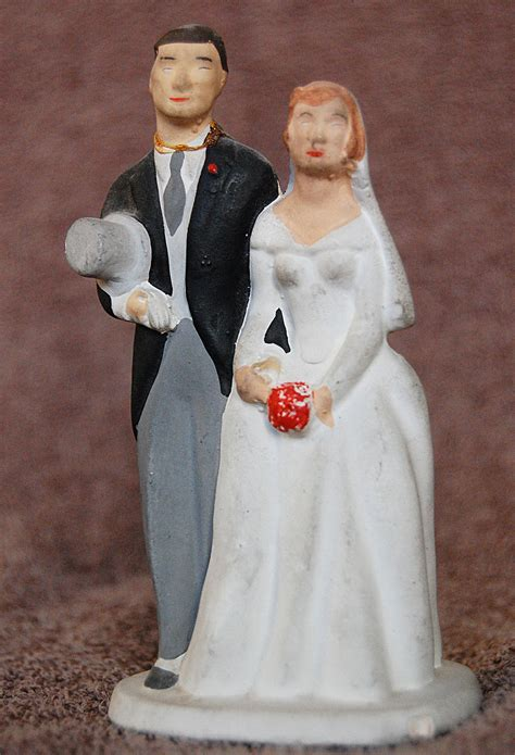 Wedding cake topper   Wikipedia
