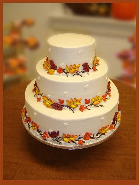 17 Best ideas about Fall Wedding Cakes on Pinterest