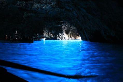 gruta azul italiajpg la gruta azul capri isla de capri italia foto di