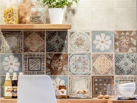piastrelle decorate per cucina in muratura emejing mattonelle 10x10 per cucine in muratura ideas