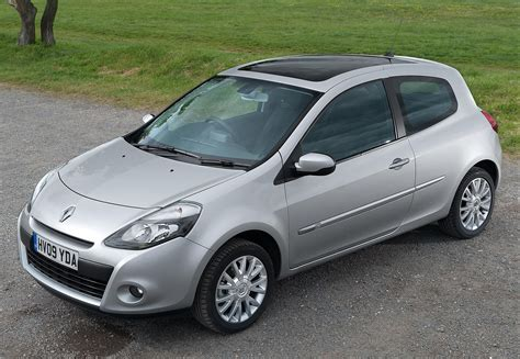 renault clio 2012 black renault clio hatchback 12 review parkers autos post