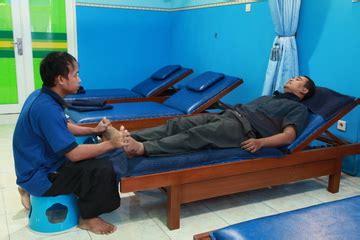 Foot Reflexology Acupressure Mat Alas Refleksi Pijat Kaki pijat reflexology di surabaya pijat yes