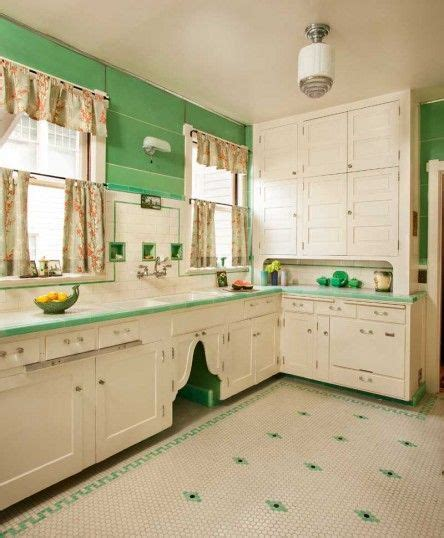 restoring old kitchen cabinets best 25 1930s kitchen ideas on pinterest country baths