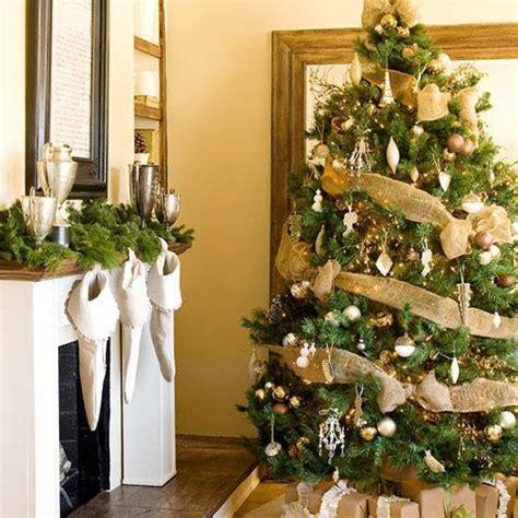 decorating tree with ribbon ideas tree decorating ideas paperblog