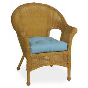 settee seat cushions 1000 images about wicker chair cushions on