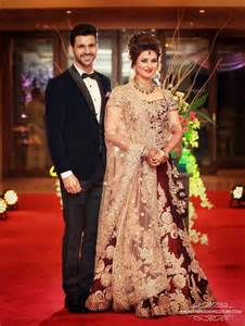 Ways To Drape Dupatta On Lehenga Real Wedding Of Divyanka Tripathi And Vivek Dahiya