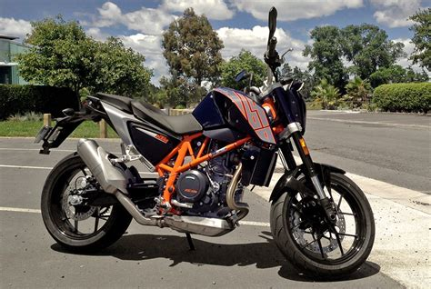 Ktm Duke 690 Black Ride Report 2013 Ktm Duke 690 Derestricted