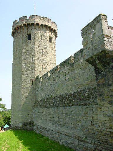 curtain wall on a castle warwick castle