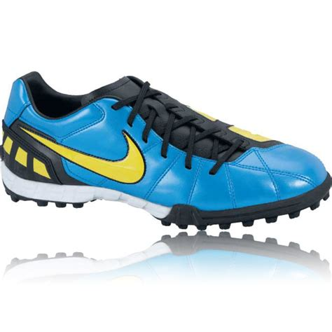 nike t90 football shoes nike junior t90 shoot astro turf football boots 33
