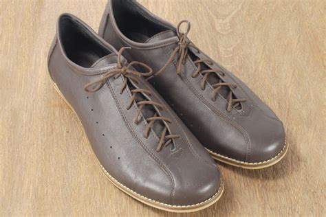 leather bike shoes vv classics leather cycling shoes in brown vintage velo