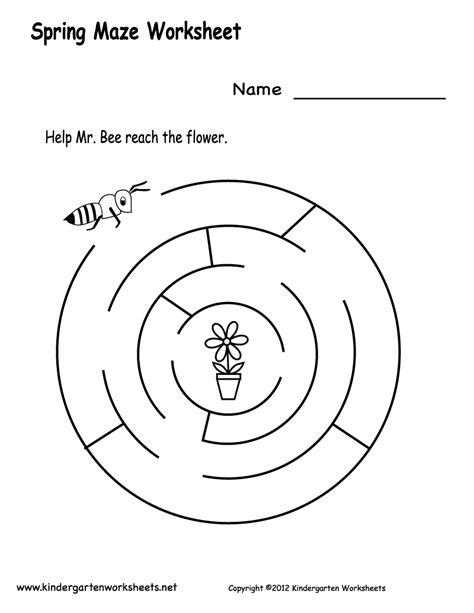 preschool printable maze worksheets kindergarten spring maze worksheet printable labirintos