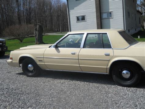1979 Chrysler Newport by 1979 Chrysler Newport Base Hardtop 4 Door 5 2l Classic