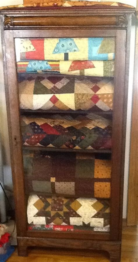 Quilt Storage Cabinets Quilt Storage Cabinets Quilt Storage On Pinterest Quilt Display Quilt Ladder Persnickety
