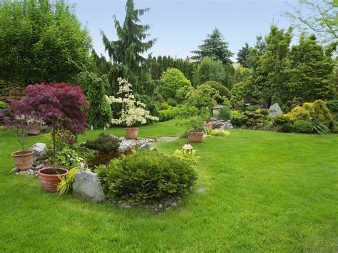 Landscaping designs 40 front yard and backyard landscaping ideas full