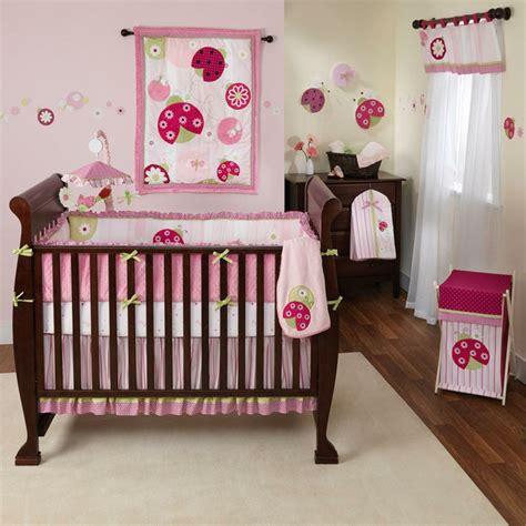decorar cuarto bebe niña bebe nia decoracion nia en colores verde agua y rosa