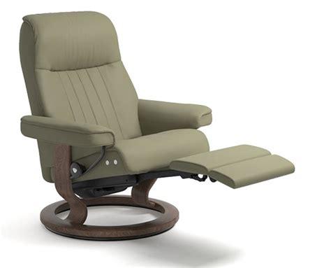 recliner footrest stressless crown legcomfort power footrest recliner chair
