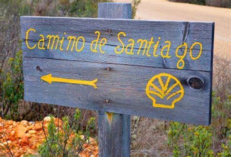 how to do the camino de santiago camino de santiago hike in adventurewomen