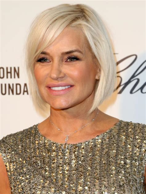 shoulder length straight hairstyles housewife of beverly hill the hottest bob haircuts of the moment yolanda foster