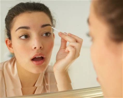 cara bikin alis sesuai wajah cara membentuk alis mata sesuai wajah berita informasi