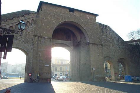 porta romana florence sjour florence italie toscane ponte vecchio palazzo pitti