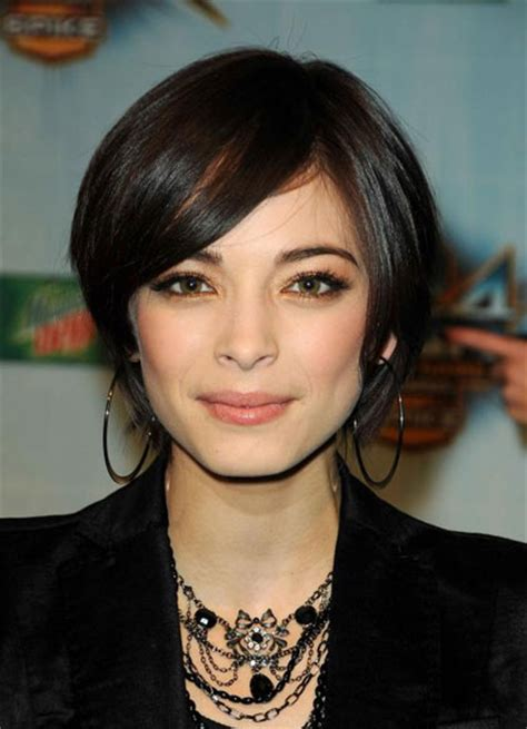 Kristin Kreuk?s Layered Short Hairstyle   Casual, Evening