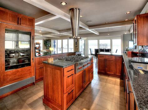 kitchen cabinets cherry finish 23 cherry wood kitchens cabinet designs ideas