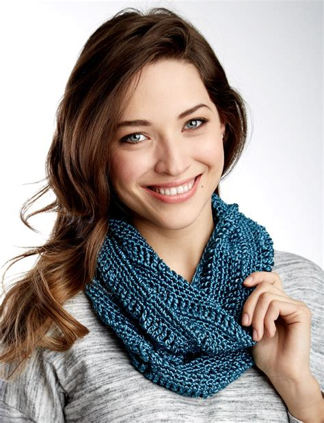 patons metallic yarn knitting patterns patons drapey cowl crochet pattern yarnspirations