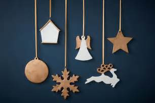 how to make gold ceramic christmas decorations