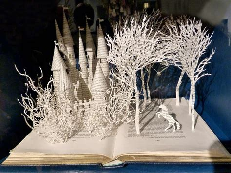 Cool Artist Su Blackwell by Research Into Reconstructing Deconstructing Books Su