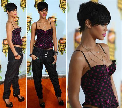 Nickelodeons 2008 Choice Awards Hayden Panettiere Hewitt Rihanna And Valletta by Choice Awards 2008 Gossip