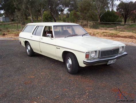 hz holden kingswood station wagon suit hq hj hx hk ht hg