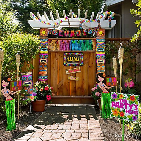 luau entrance decorating idea totally tiki luau party